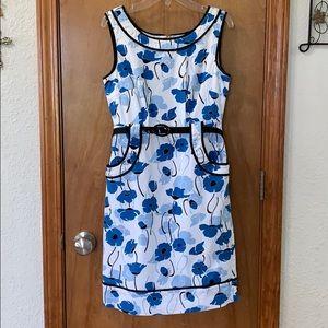 🎉HP🎉 Petite Sophisticate Dress Size 2P
